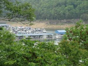 Houseboat Capital of the World: Lake Cumberland