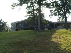 Kentucky Dam Village State Resort Park's Lodge
