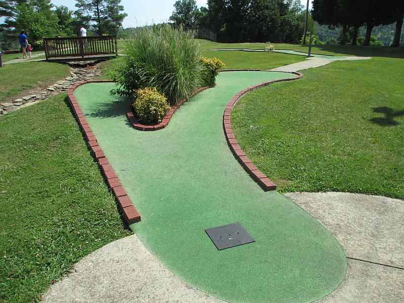Rough River Dam State Resort Park's Miniature Golf Course