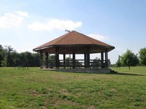 Gazebo in front of Rough River Dam State Resort Park's Lodge