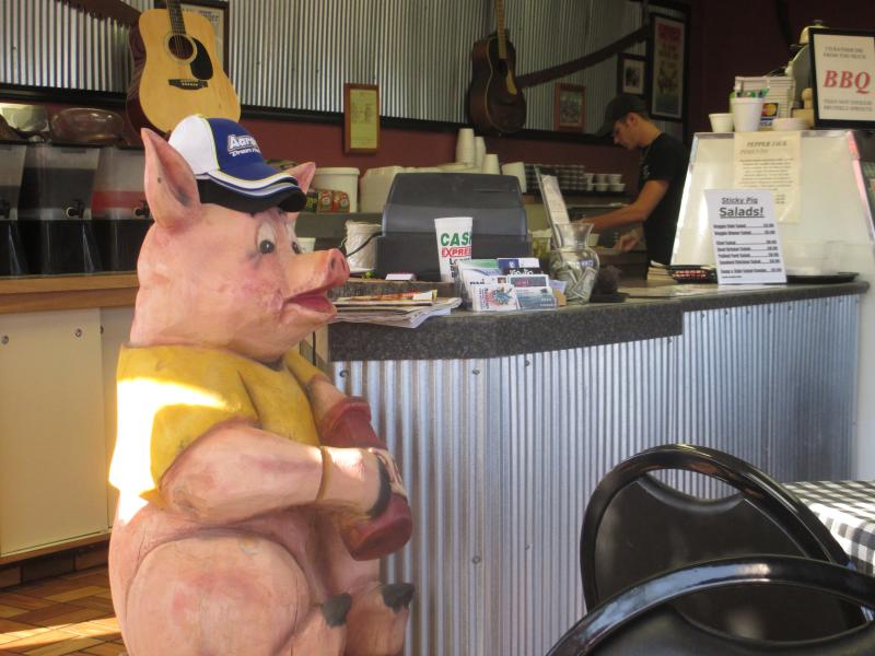 Sticky Pig, Madisonville