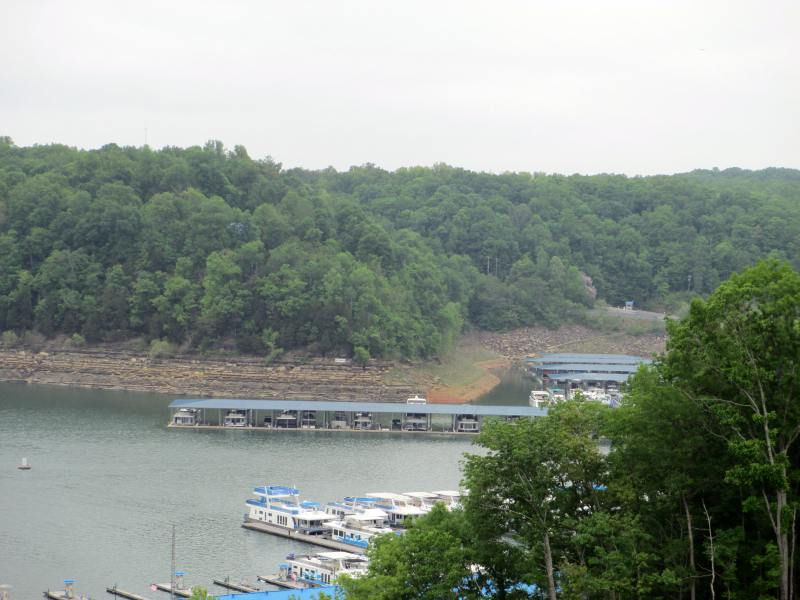 Lake Cumberland Houseboat Capital of the World