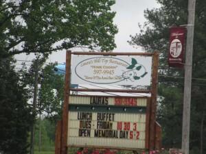 Lauras Hilltop Restaurant in Brownsville, Kentucky