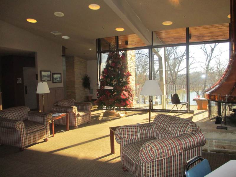 Rough River Dam State Resort Park Lodge (December 2012)