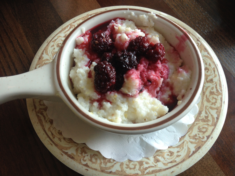 Blackberry Grits from Another Broken Egg in Owensboro