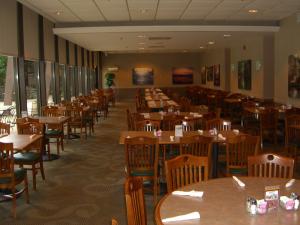 Rough River Dam State Resort Park's Grayson Landing Restaurant