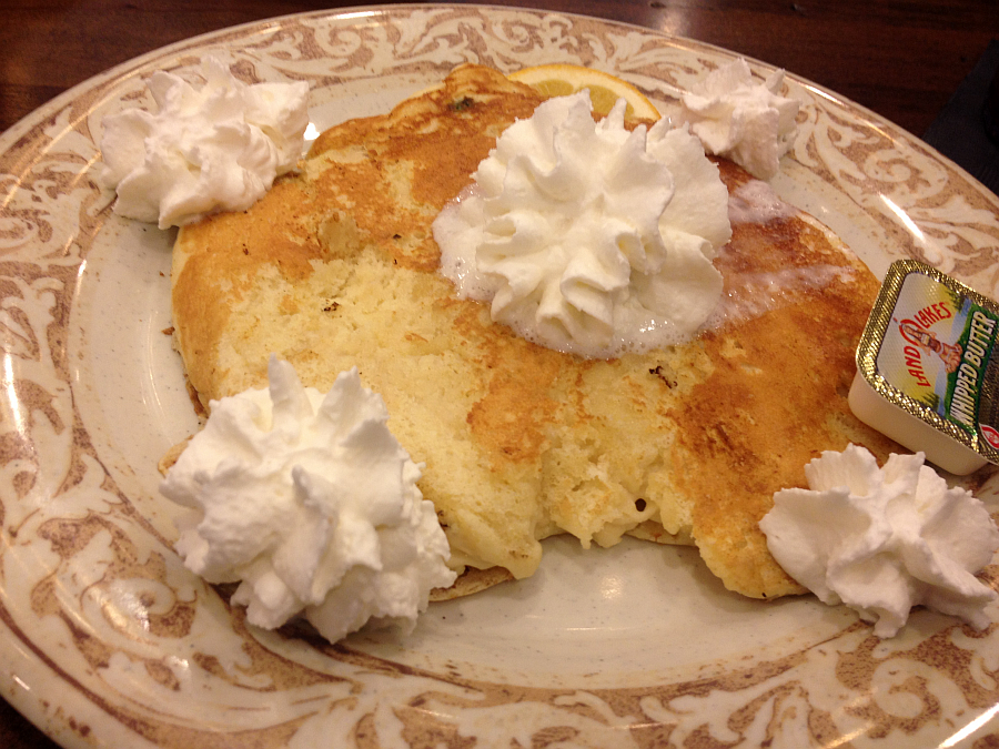 Gluten Free Jumbo Pancake at Another Broken Egg in Owensboro