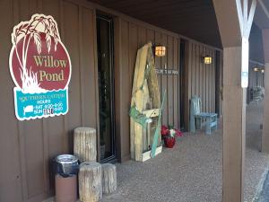 Willow Pond Restaurant in Aurora. Kentucky