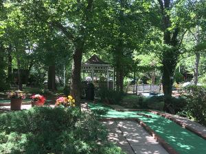 Maggie's Jungle Golf at Kentucky Lake